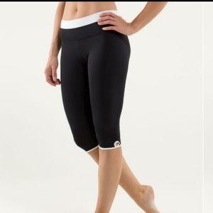 Lululemon Bandha Crop Yoga Leggings Black 8 10